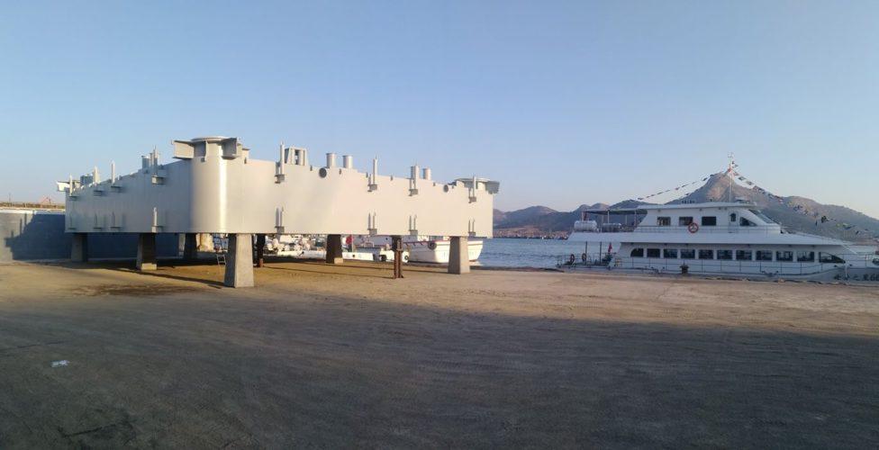 Self Elevated Barge FIPE